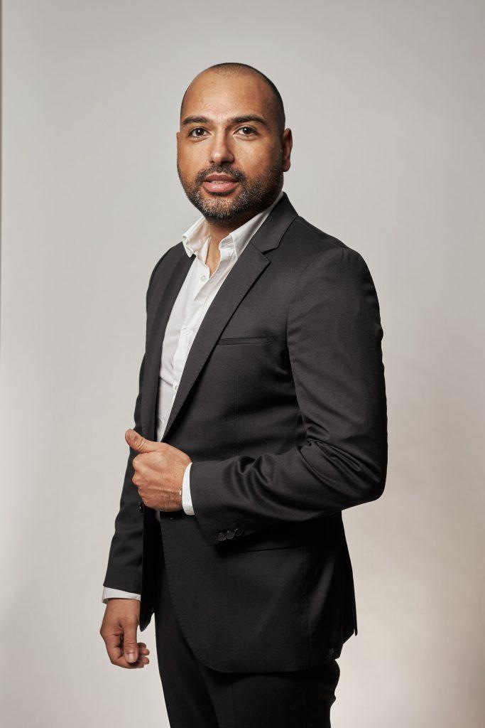 Kemal Tas, oprichter Ledstores